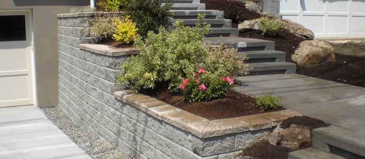 Allan Block Wall with Concrete stairs and plants Kirkland